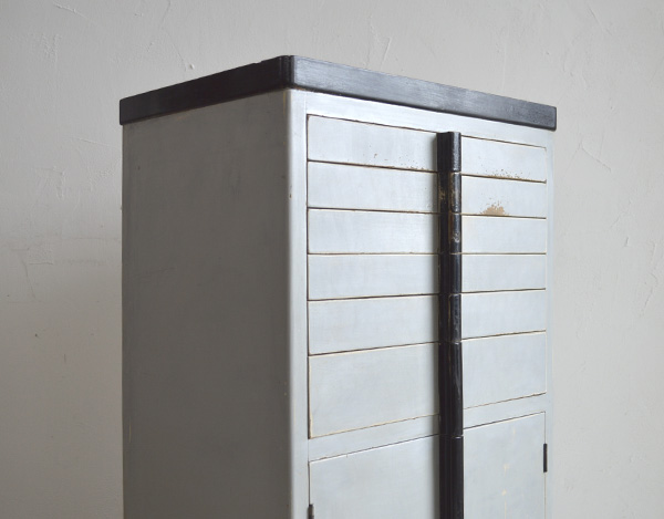 greycabinet004