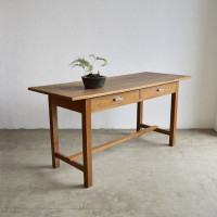 workingtable001-1